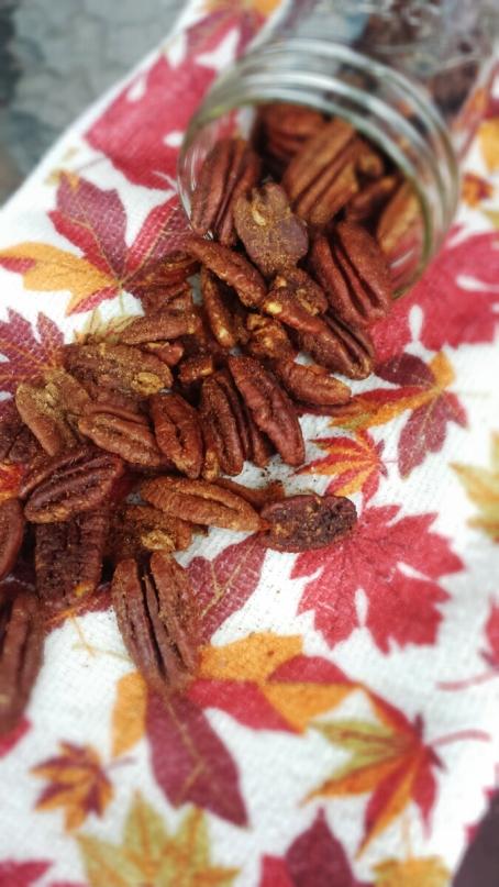 Gingerbread Pecans